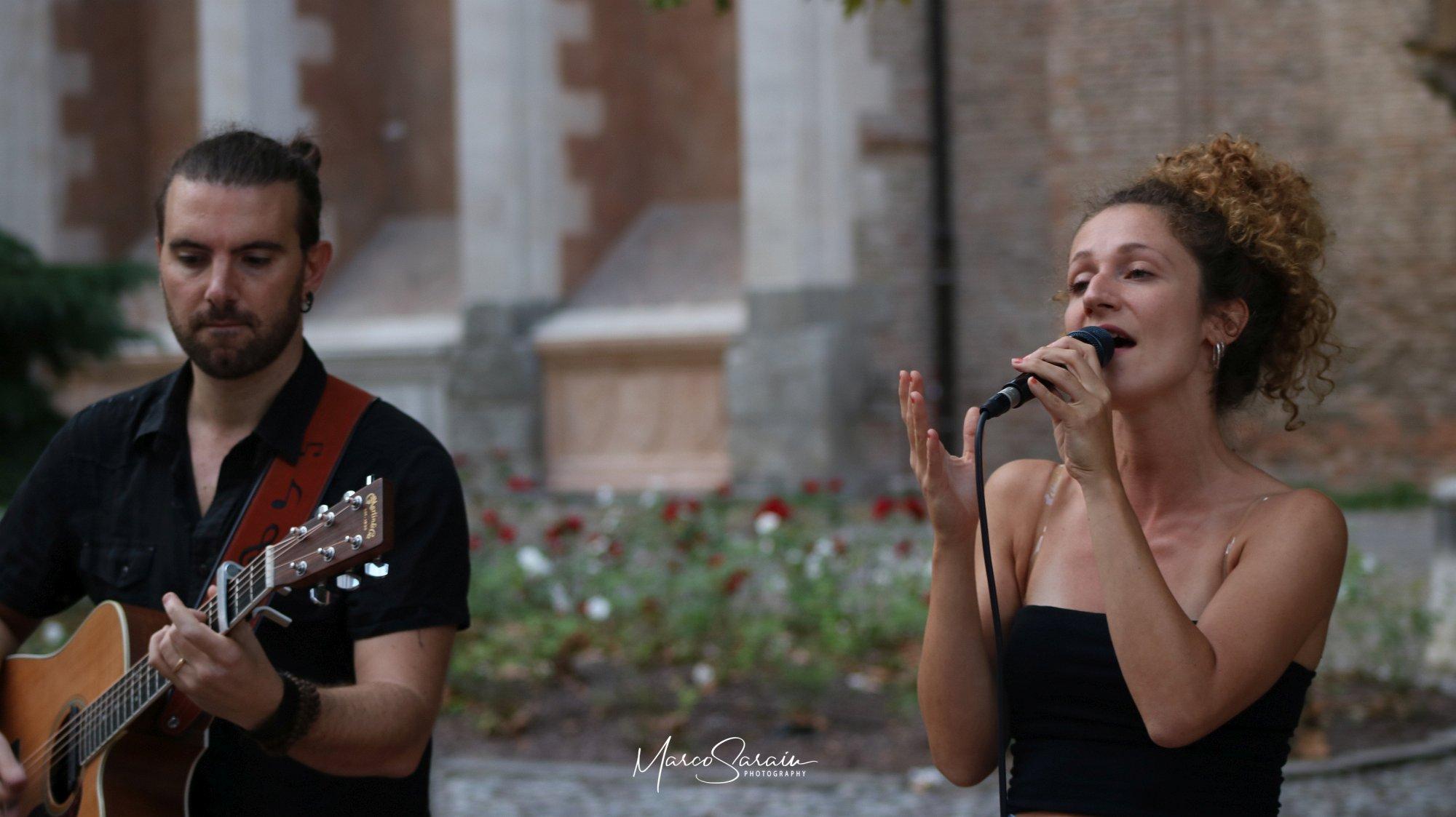 Camilla Busetto e Fabio Palmitesta Acoustic duo